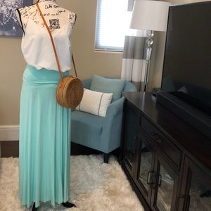 🆕List! Maitai Stretch Maxi Skirt Small (EUC)